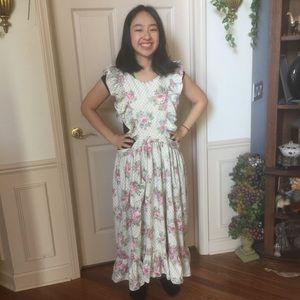 Gorgeous Floral Apron Dress